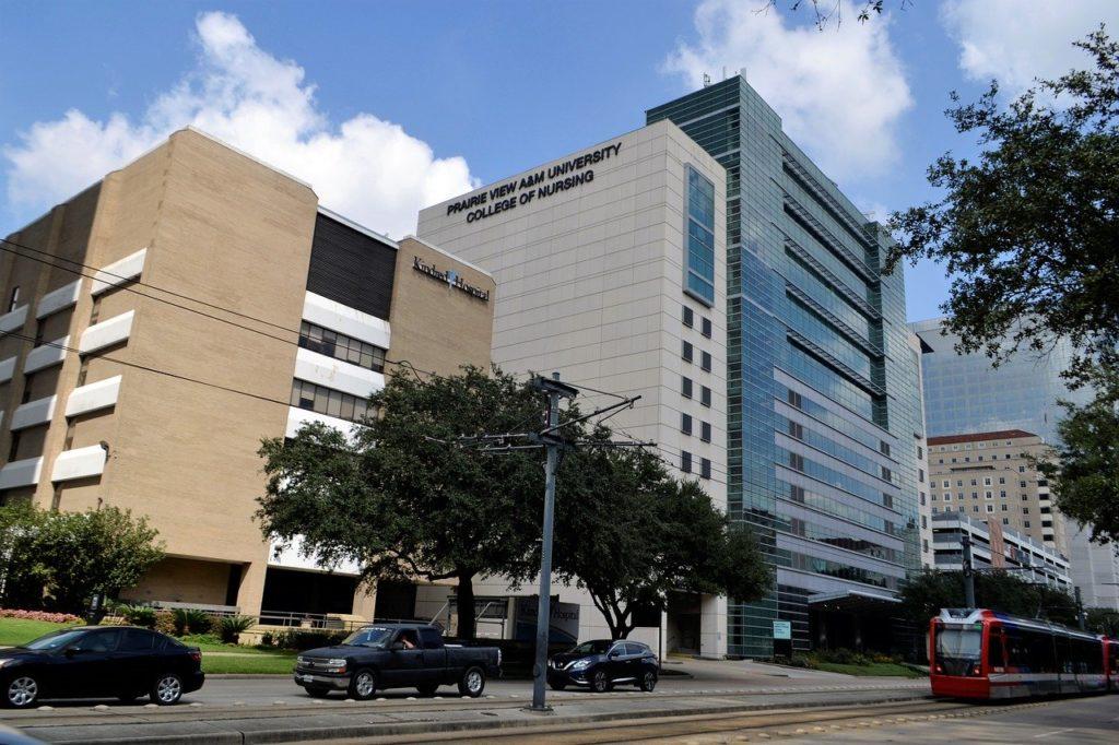 卵巣嚢腫手術で大学病院に入院