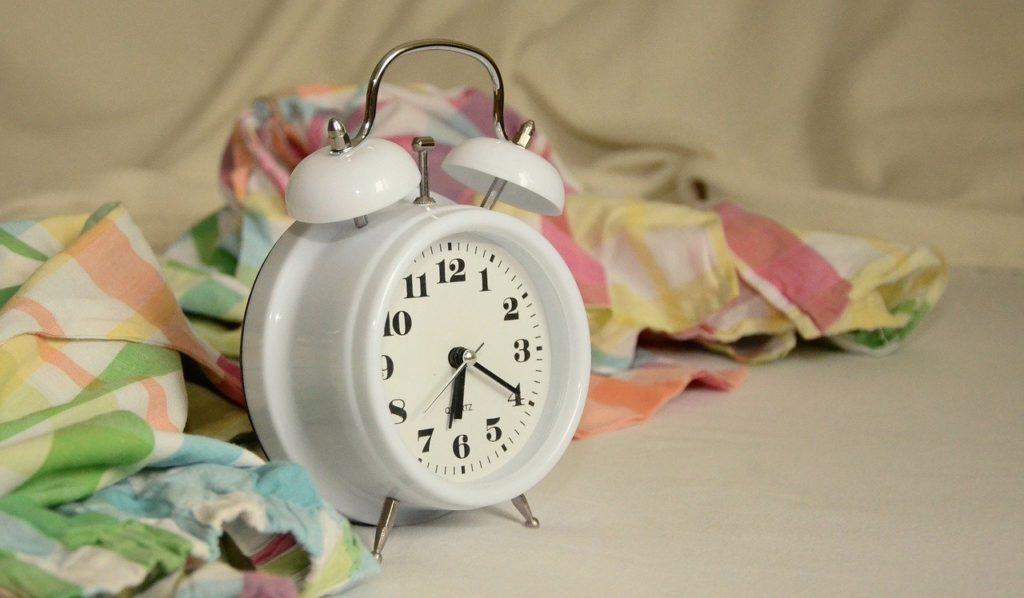 睡眠の質を高める:寝る時の服装