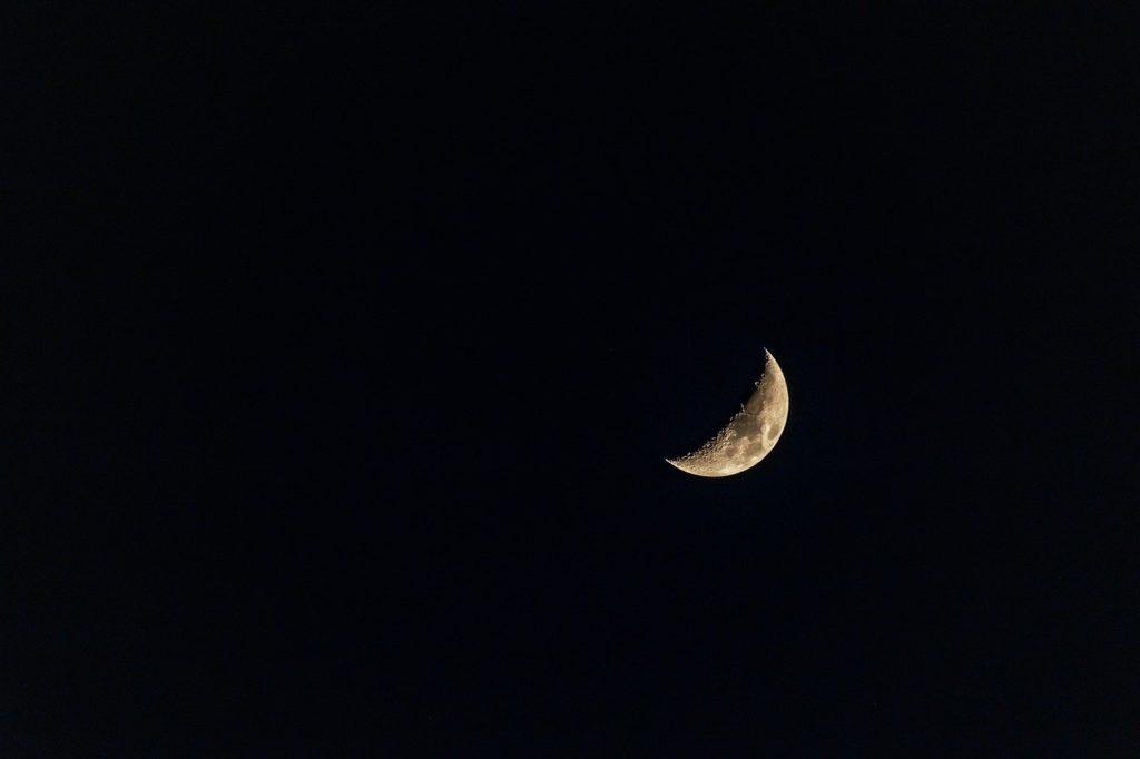 睡眠の質を高める:音と光の遮断