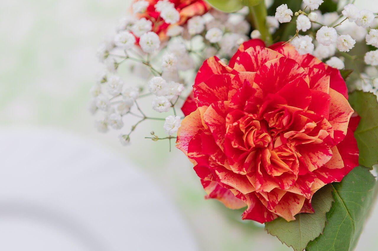 ポストに届くミニブーケ│お花を飾ると環境も心も整います